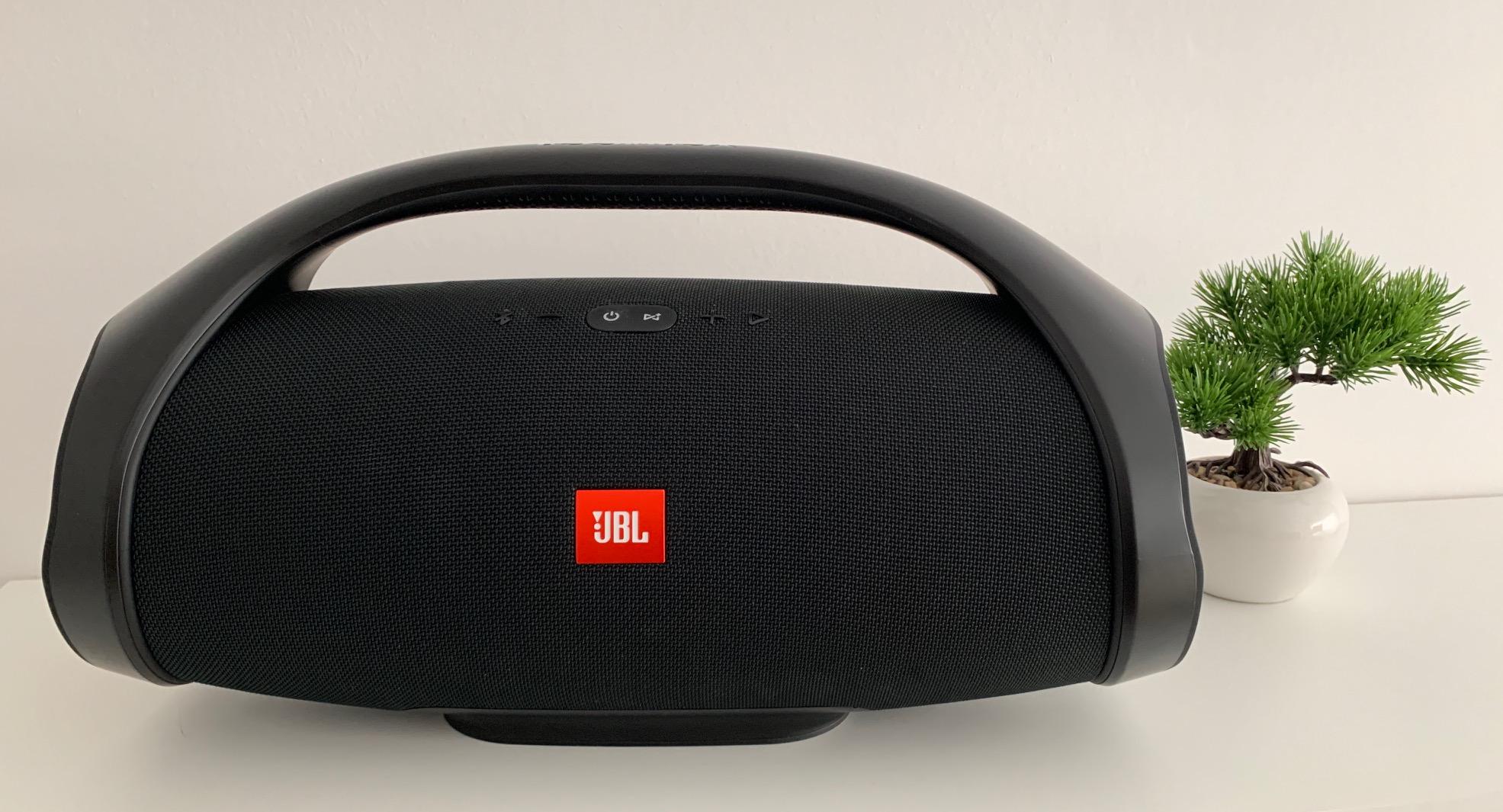 JBL Boombox Test